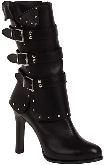 Alexander-McQueen-Fall-2011-boot