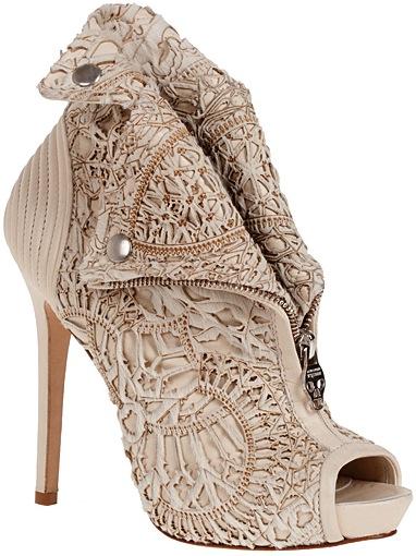 Alexander-McQueen-Fall-2011-peep-toe-bootie