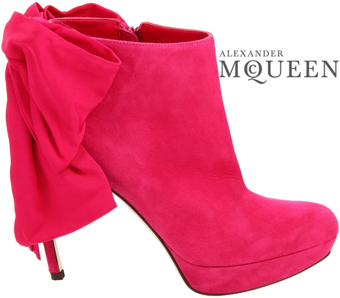 Alexander-Mcqueen-Fall-2012-pink-boot-bow