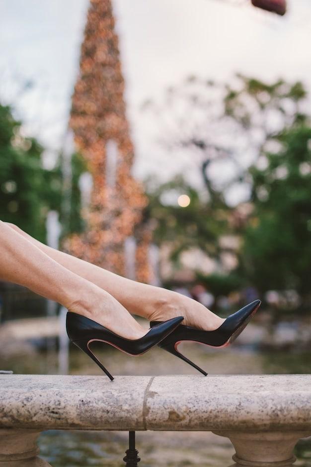 Christian-Louboutin-stilettos-So-Kate-pumps