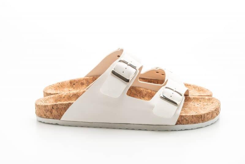 Best Sandals for Flat Feet